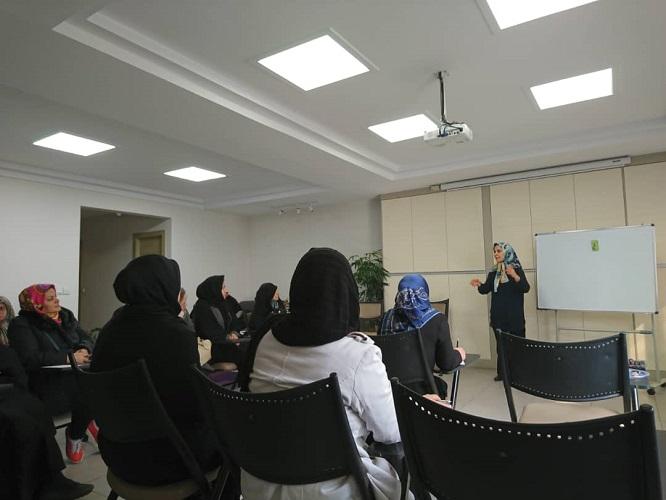 برنامه آموزشی بهداشت زنان و پوست
